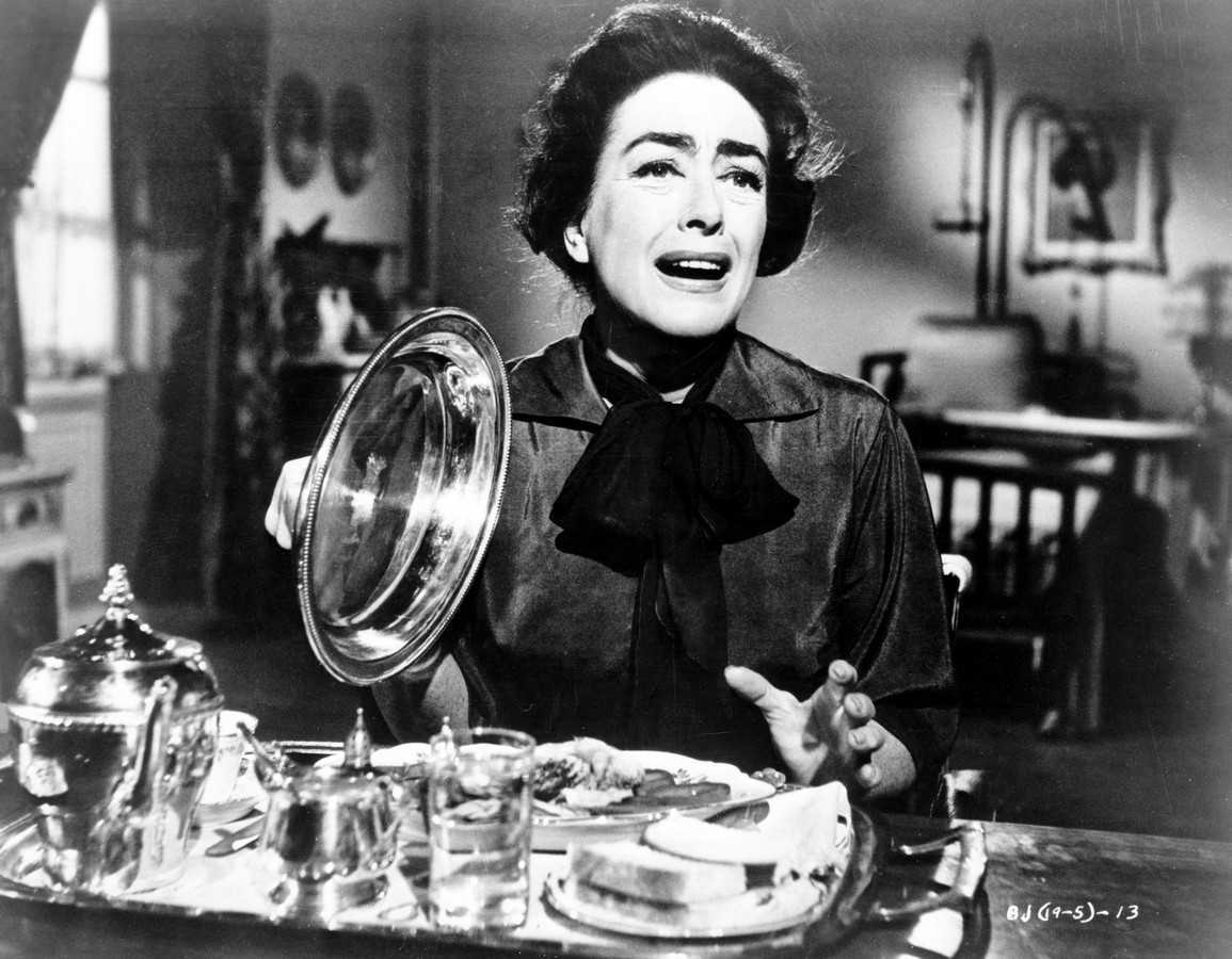 Joan Crawford is served a rat for dinner in What Ever Happened to Baby Jane? (1962)