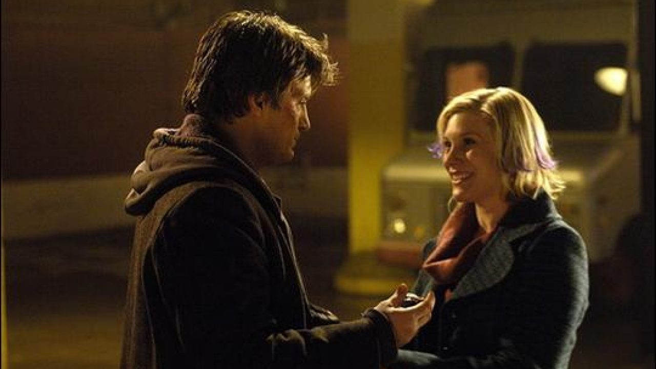 Nathan Fillion and Katee Sackhoff in White Noise: The Light (2007)