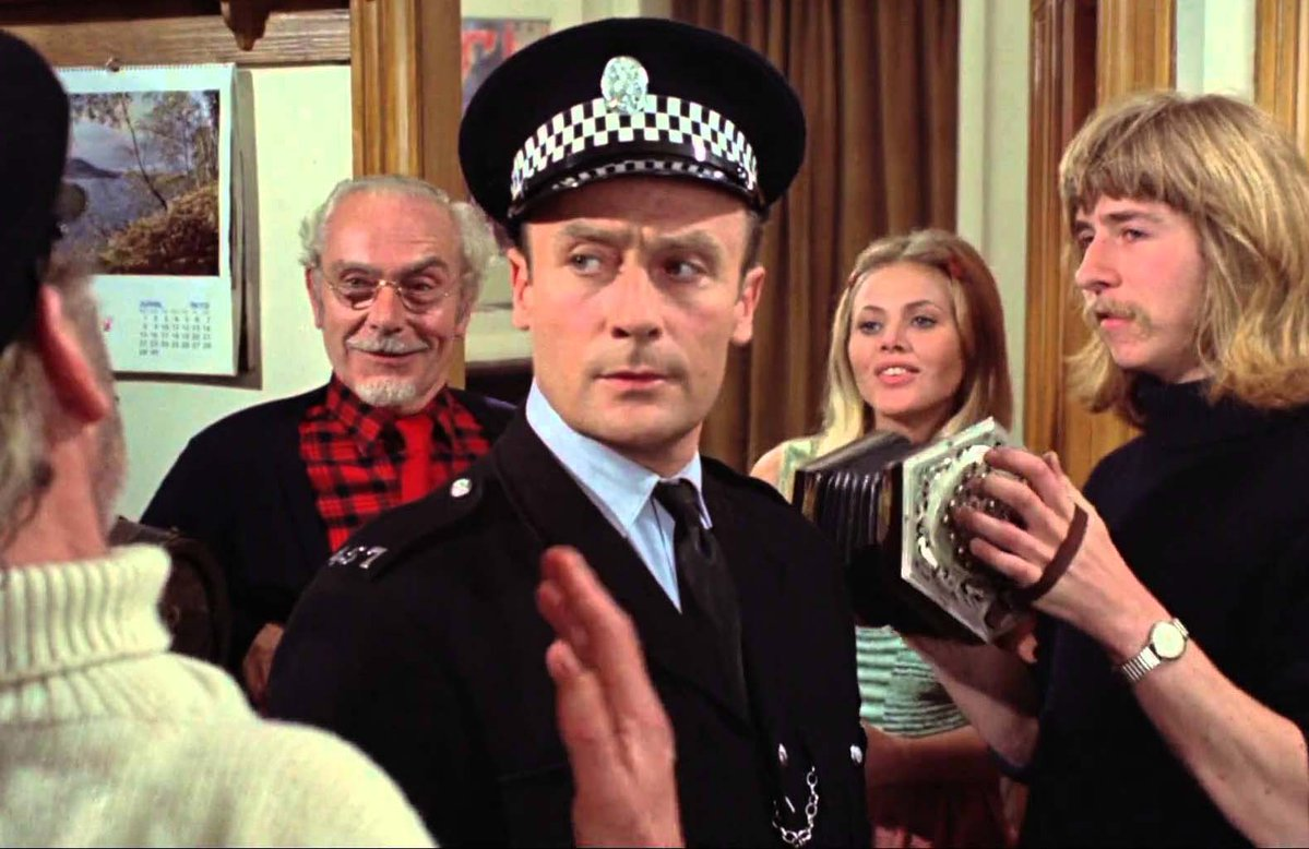 Police sergeant Edward Woodward investigates a disappearance on Summerisle in The Wicker Man (1973)