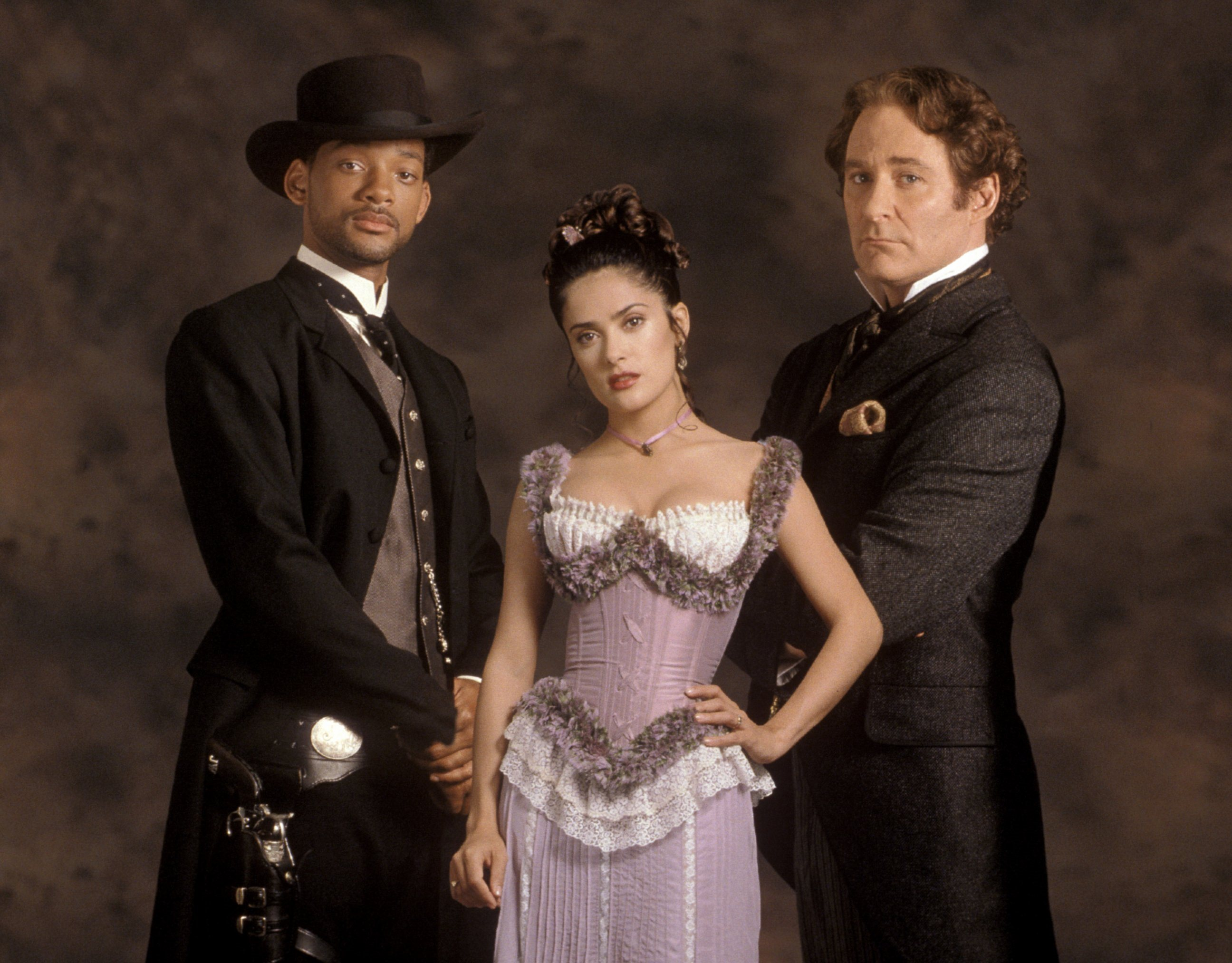 (l to r) Will Smith, Salma Hayek, Kevin Kline in Wild Wild West (1999)