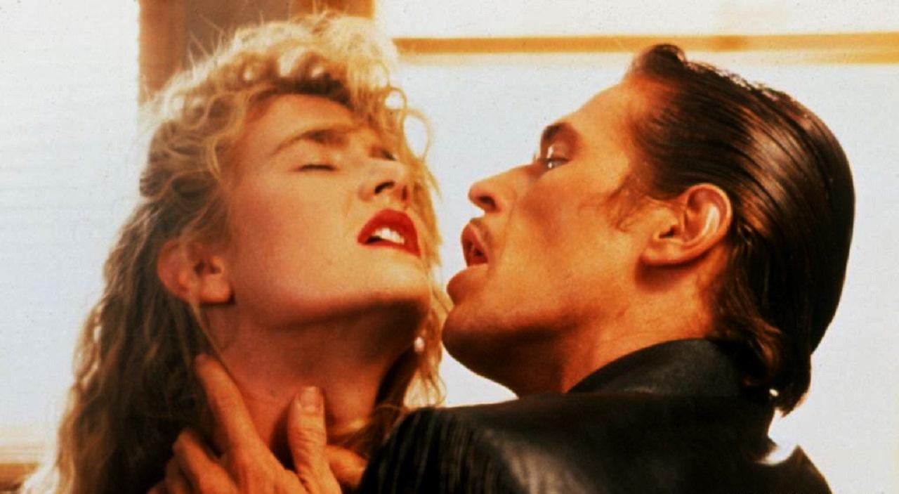 Bobby Peru (Willem Dafoe) menaces Lula Fortune (Laura Dern) in Wild at Heart (1990)