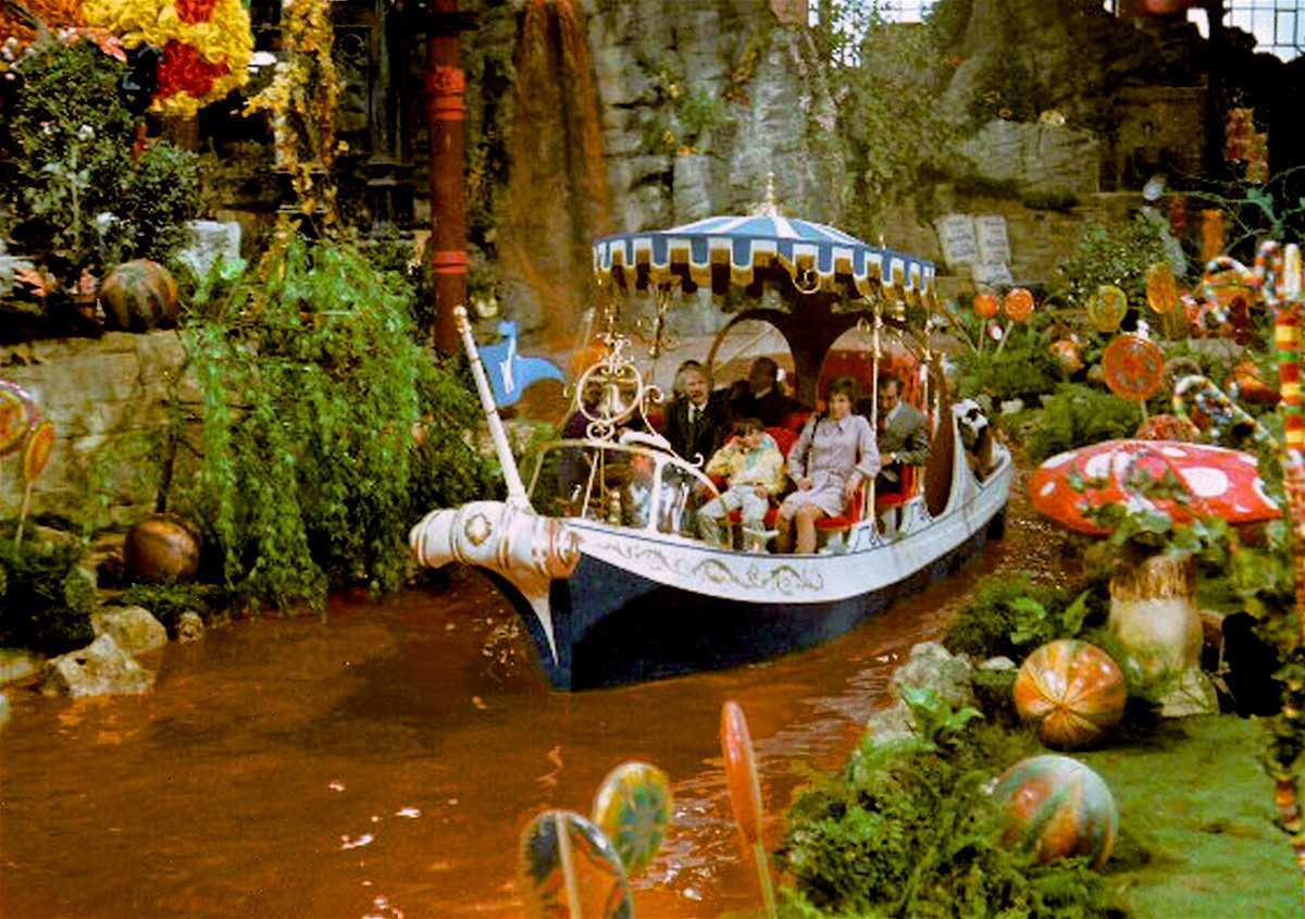 Boat journey down a river of chocolate inside Willy Wonka's factory in Willy Wonka and the Chocolate Factory (1971)