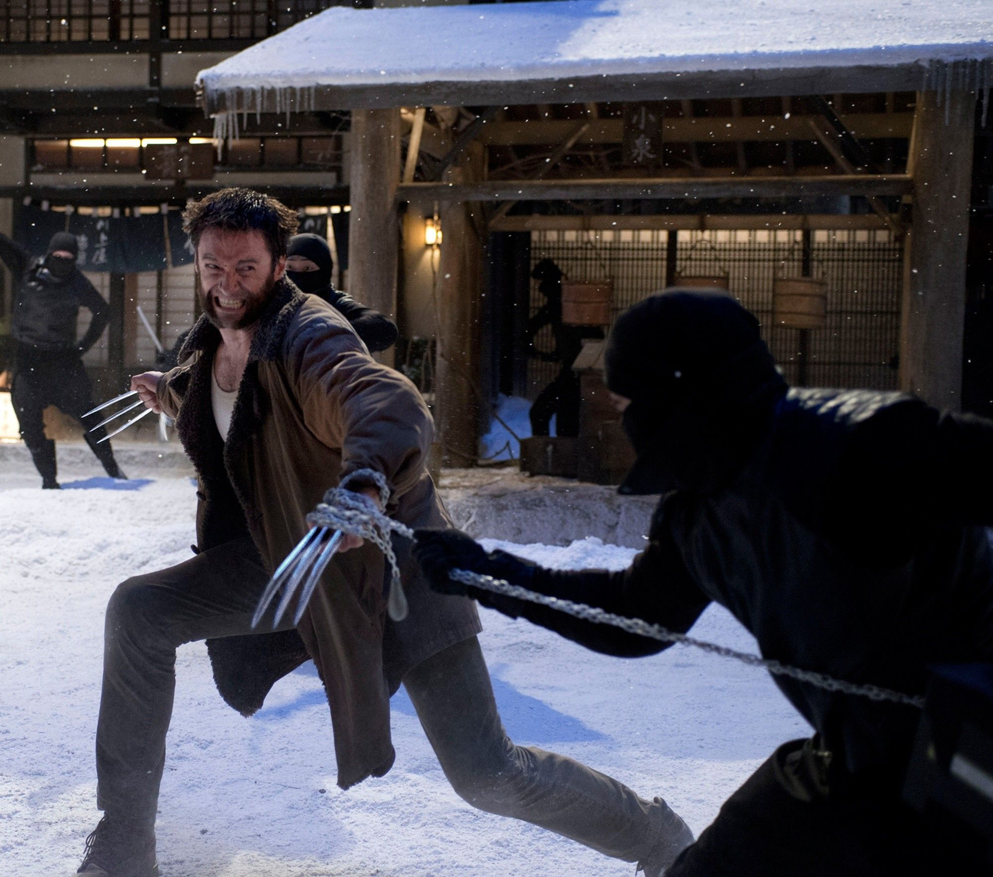 Wolverine (High Jackman) vs ninja in The Wolverine (2013)