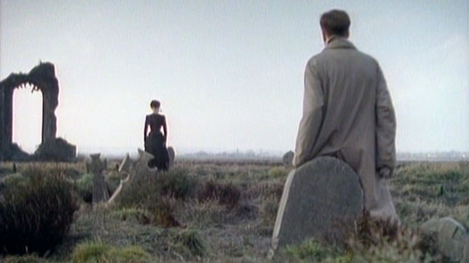 Arthur Kidd (Adrian Rawlins) meets The Woman in Black (Pauline Moran) in The Woman in Black (1989)
