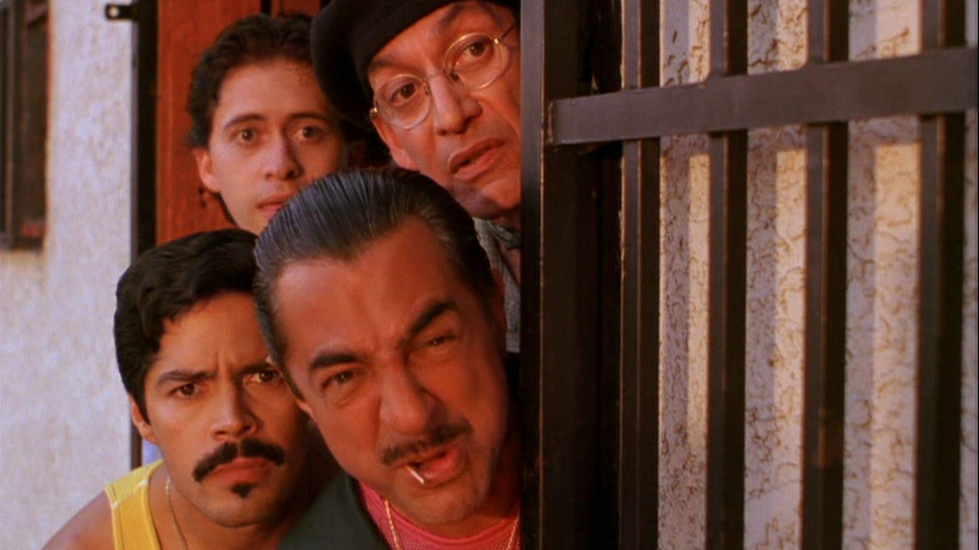 Esai Morales, Joe Mantegna, Clifton Gonzalez Gonzalez, Gregory Sierra in The Wonderful Ice Cream Suit (1998)