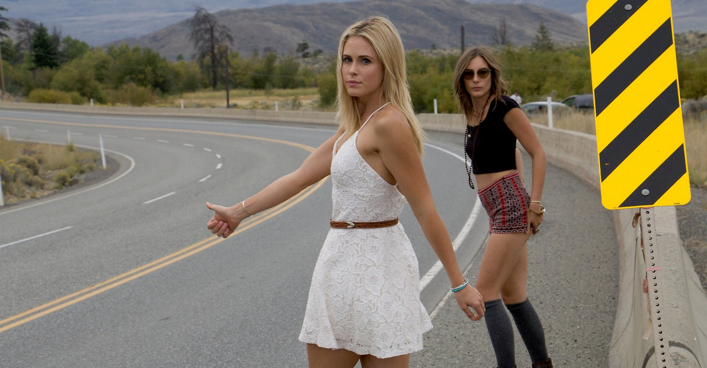 Anna Hutchison and Dréa Whitburn in Wrecker (2015)