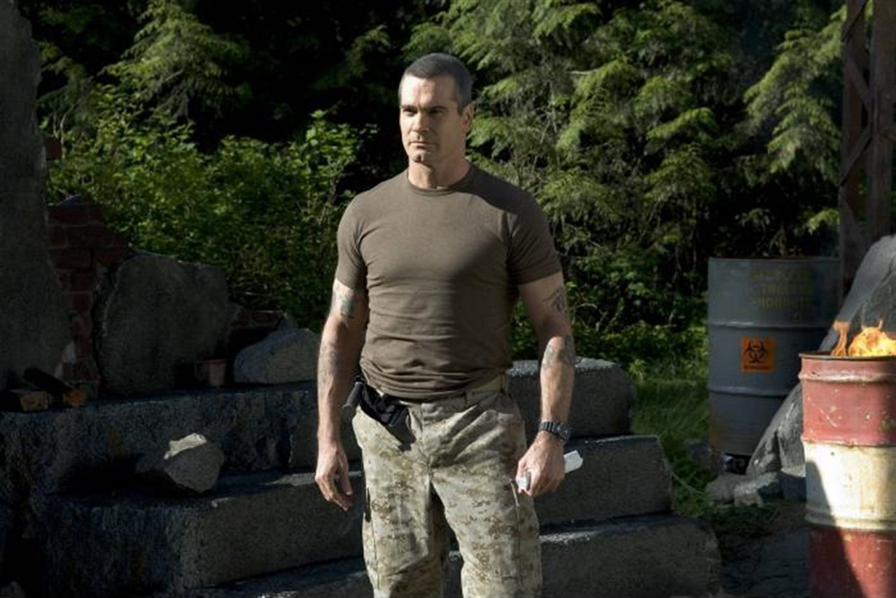 Colonel Dale Murphy (Henry Rollins) in Wrong Turn 2: Dead End (2007)