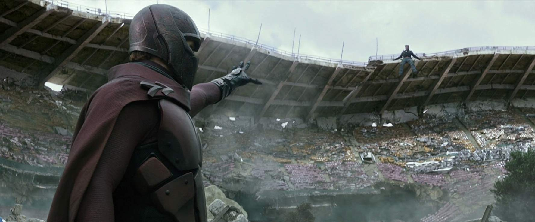 Magneto (Michael Fassbender) lifts the stadium in X-Men: Days of Future Past (2014)