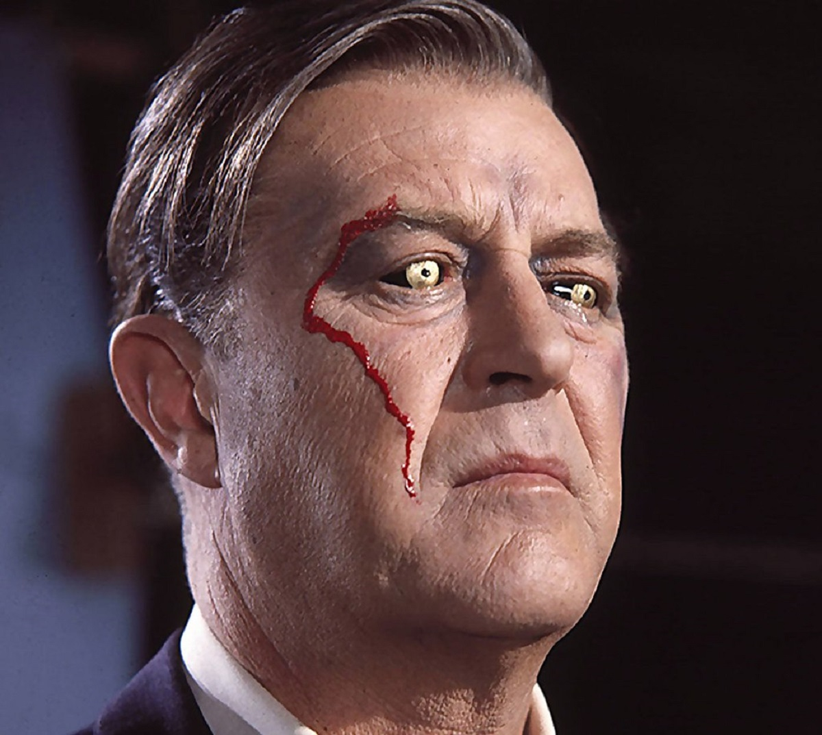 Ray Milland with x-ray eyes in X - The Man with X-Ray Eyes (1963)