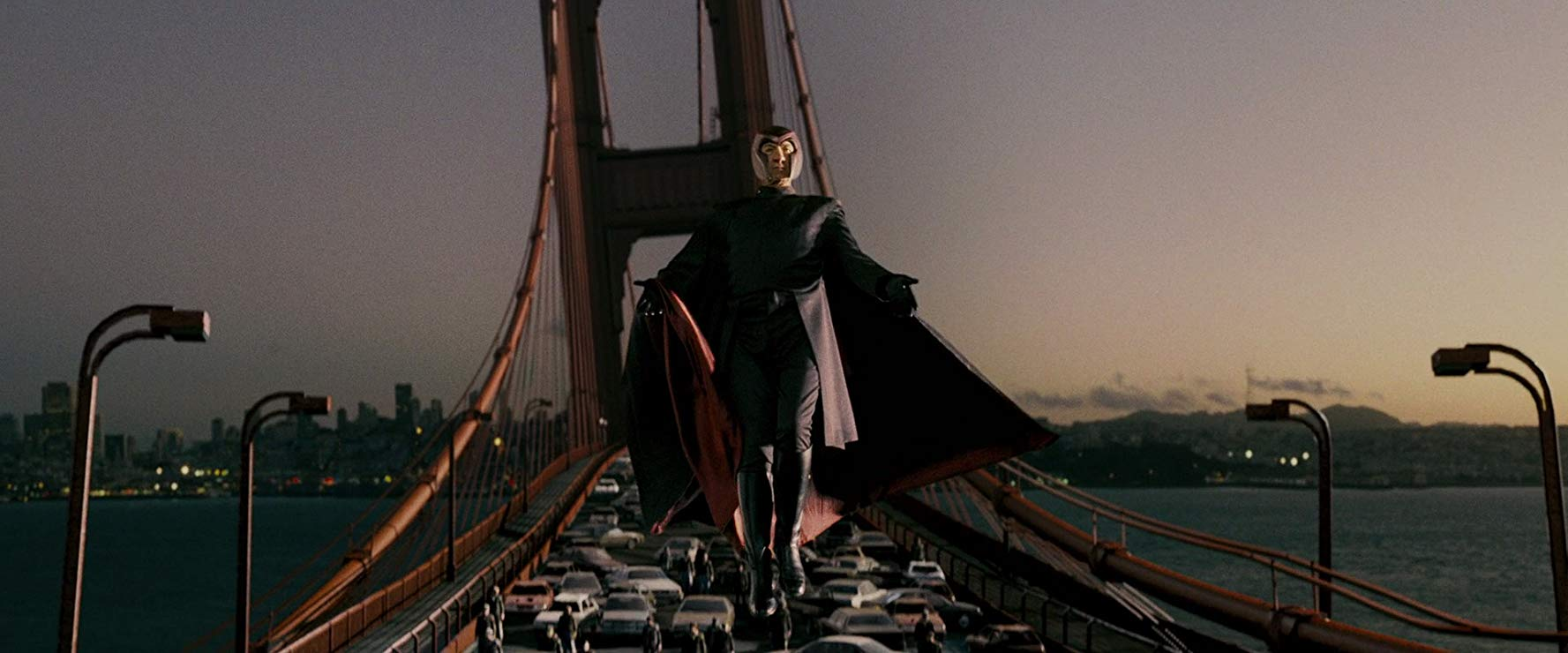 Magneto (Ian McKellan) warps the Golden Gate Bridge in X-Men The Last Stand (2006)