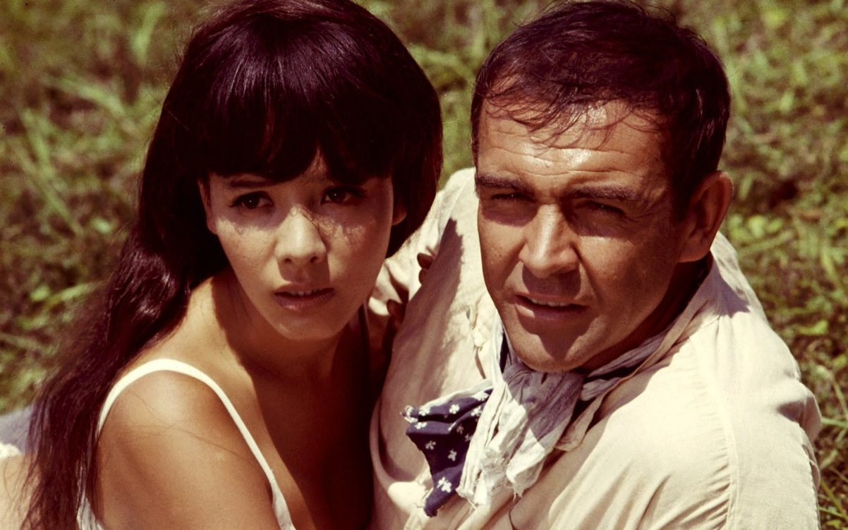 James Bond (Sean Connery) and Kissy Suzuki (Mie Hama) in You Only Live Twice (1967)
