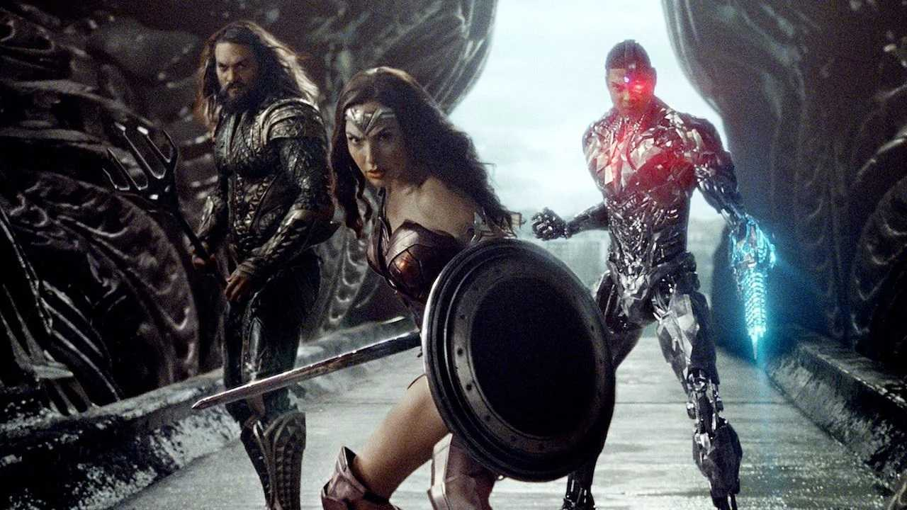 An extended cut of the battle with Steppenwolf - (l to r) Aquaman (Jason Momoa), Wonder Woman (Gal Gadot) and Cyborg (Ray Fisher) in Zack Snyder's Justice League (2021)