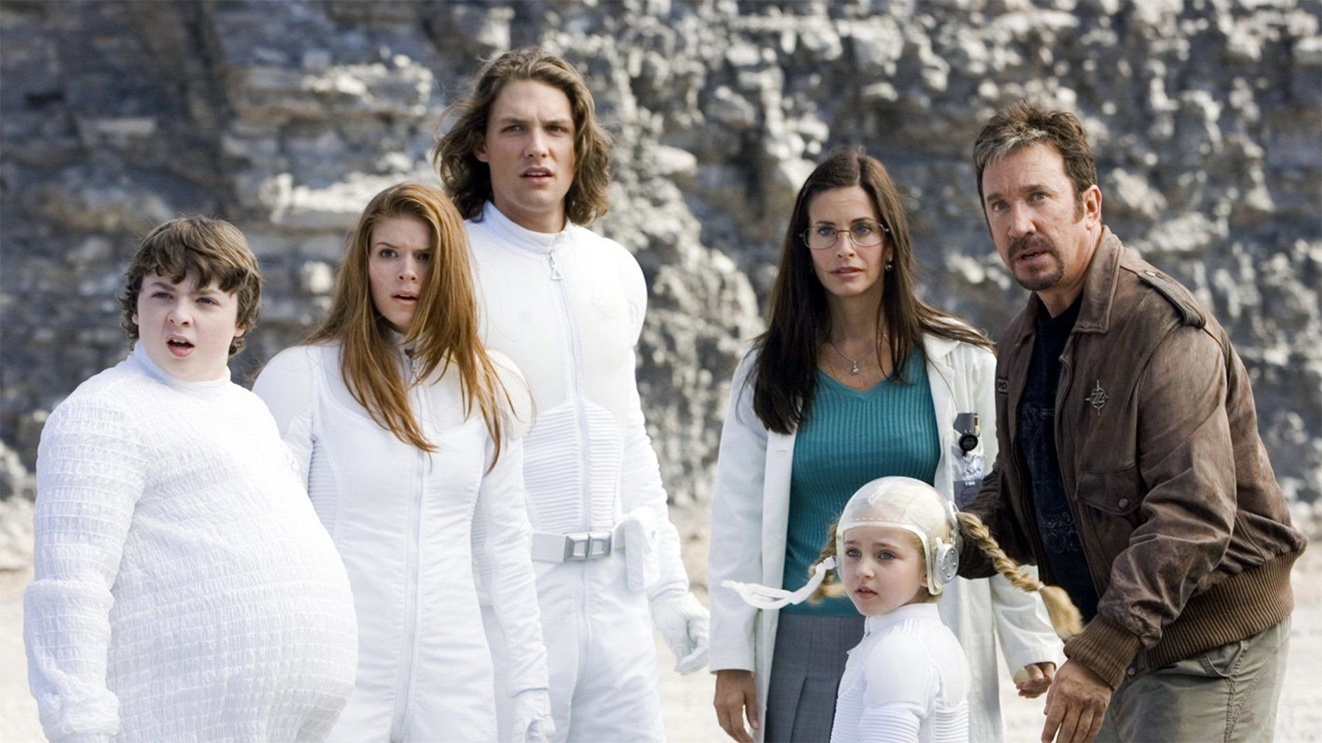 Tim Allen, Courteney Cox, Spencer Breslin, Rooney Mara, Michael Cassidy, Ryan Newman in Zoom Academy for Superheroes (2006)