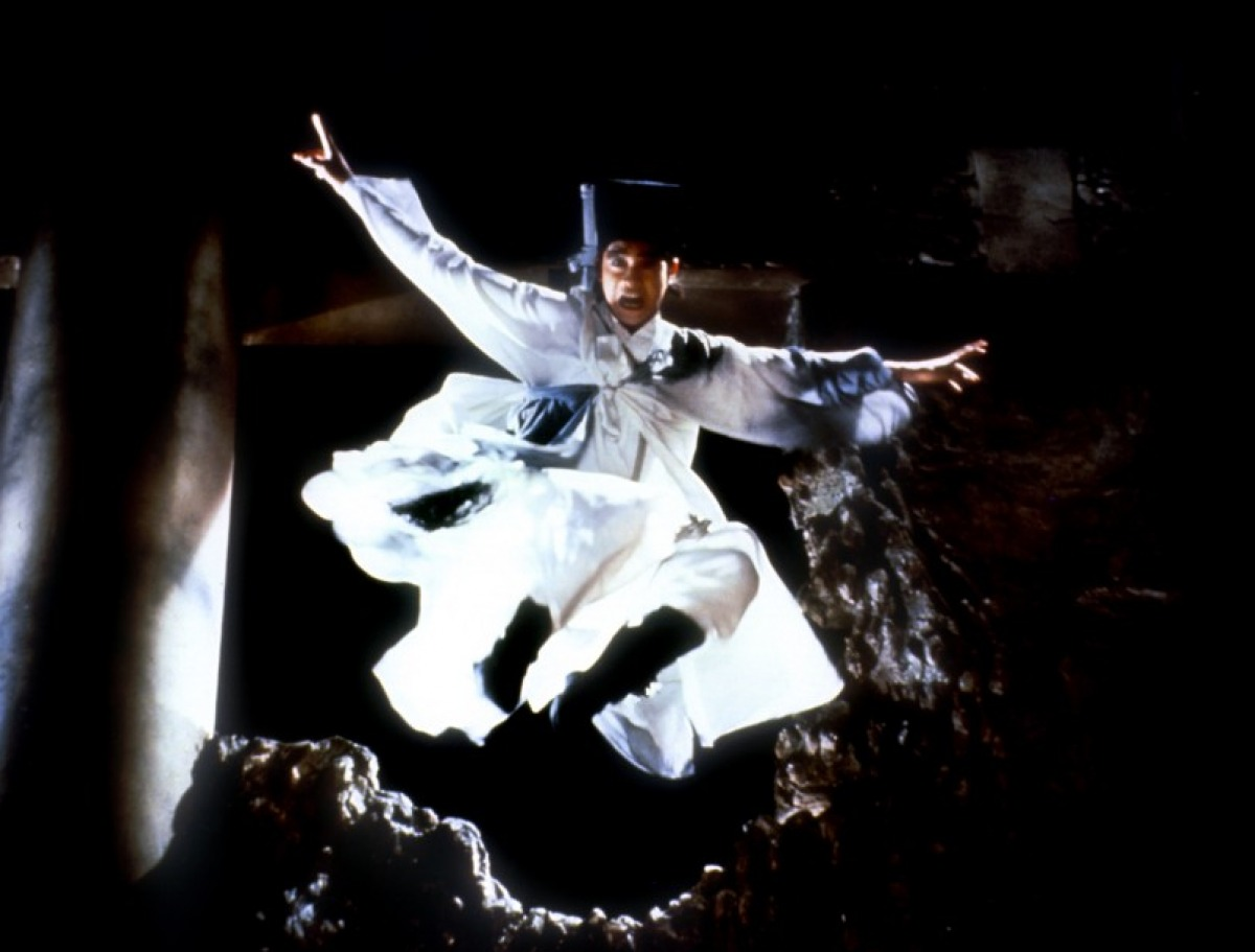 Martial arts vs supernatural in Zu Warriors from the Magic Mountain (1983)