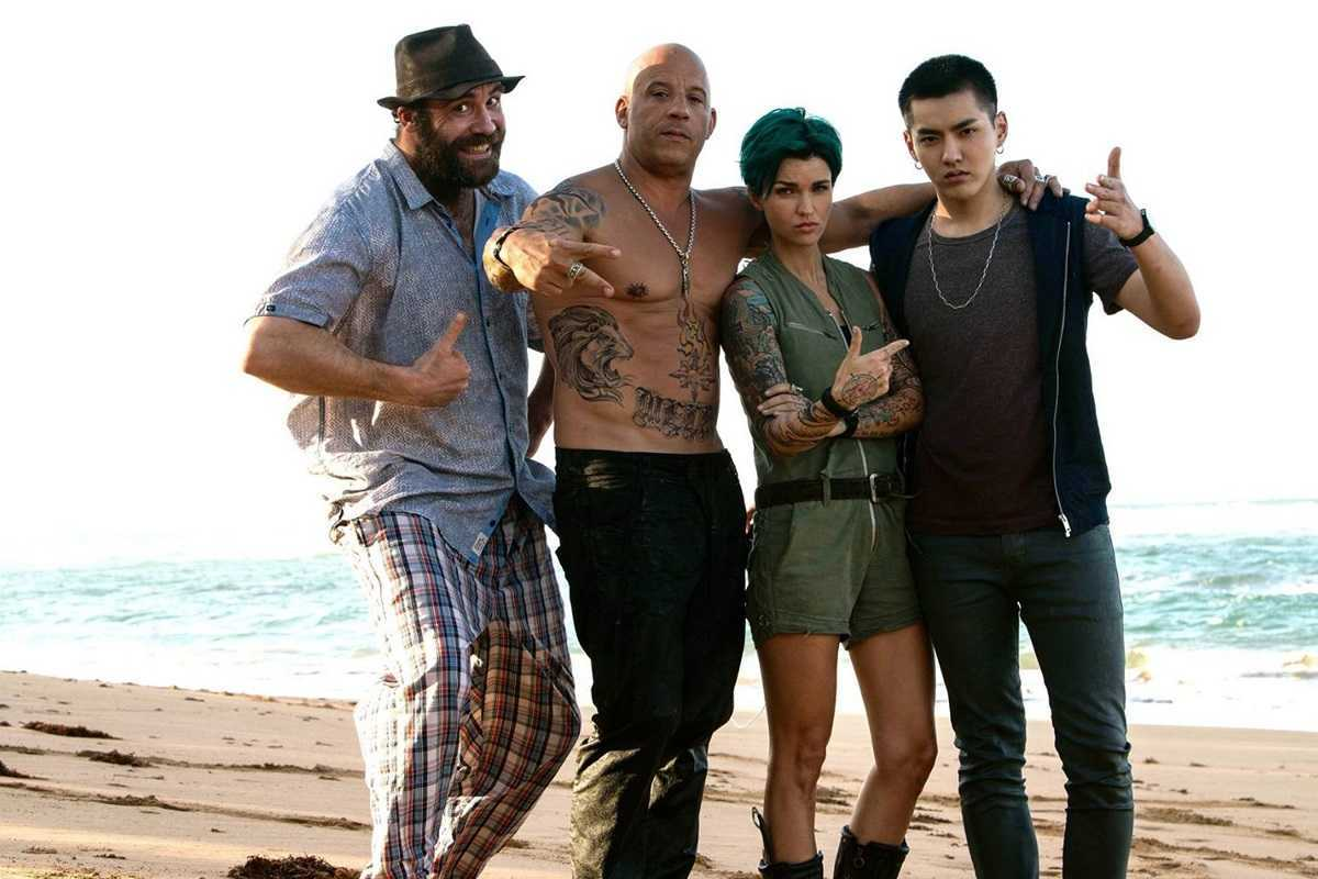 (l to r) getaway driver Rory McCann, Xander Cage (Vin Diesel), sharpshooter Ruby Rose and dj Kris Wu in xXx: Return of Xander Cage (2017)